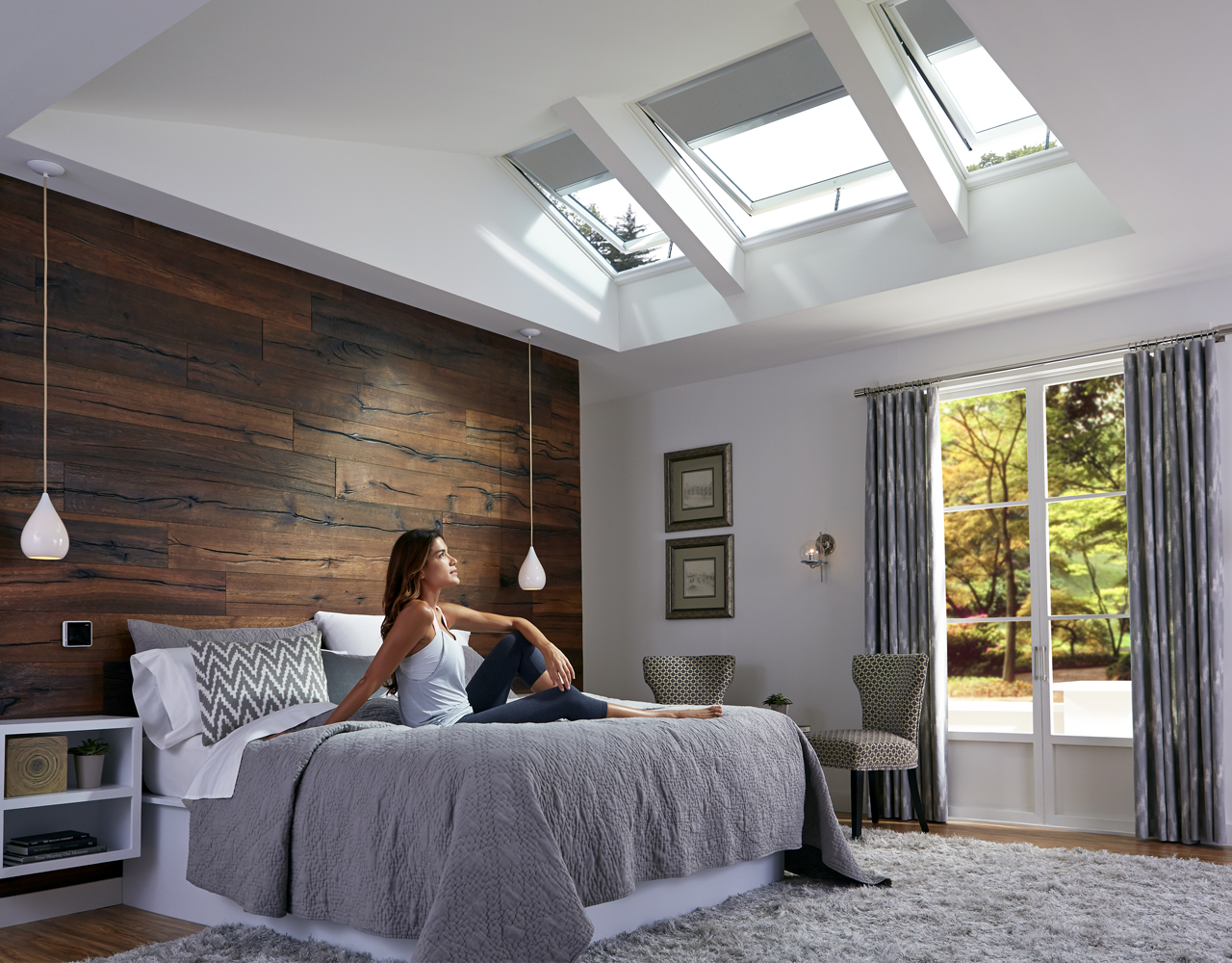 Bedroom gallery velux for Bedroom skylight