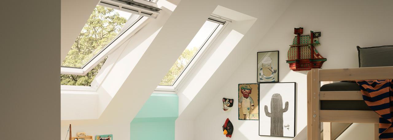 Ventanas para techo velux con apertura superior f ciles for Ventana en el techo
