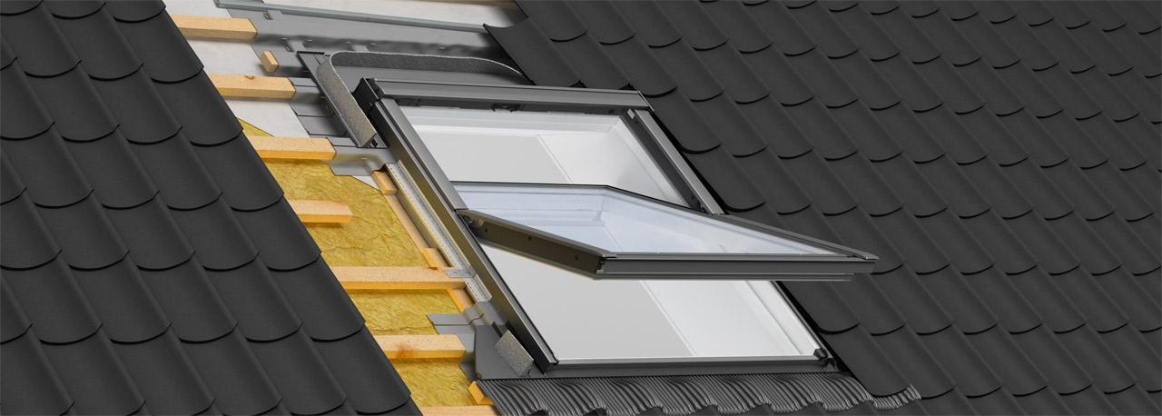 Dachfenster einbauen blechdach  Dachdämmung mit Eindeckrahmen und Anschlussprodukten