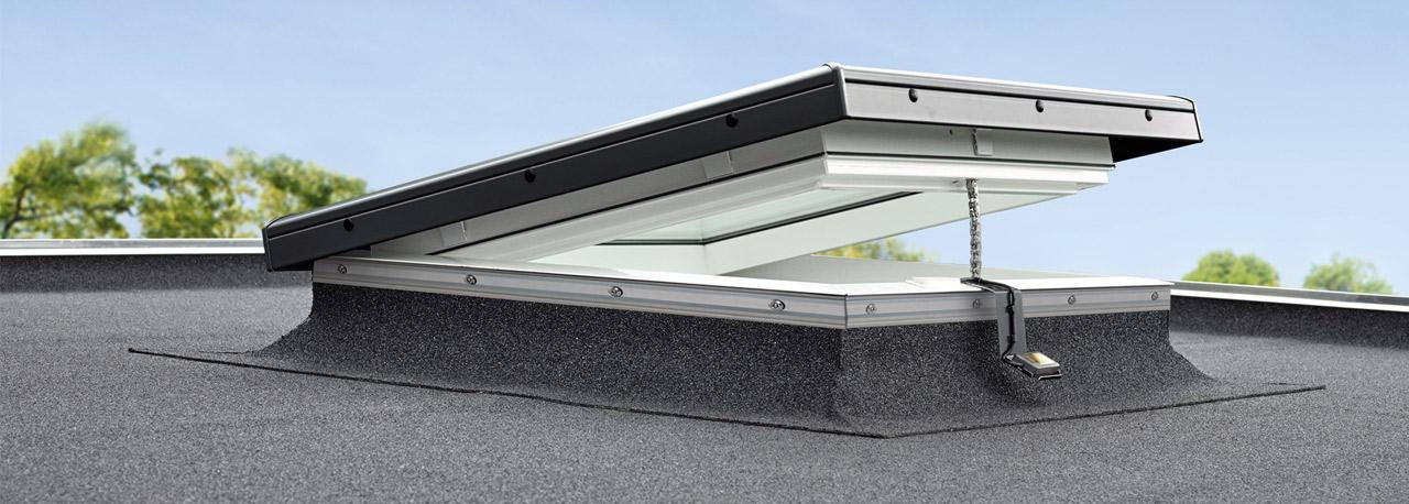 Fen tres pour toit plat vitrage plat velux de la for Fenetre de toit plat