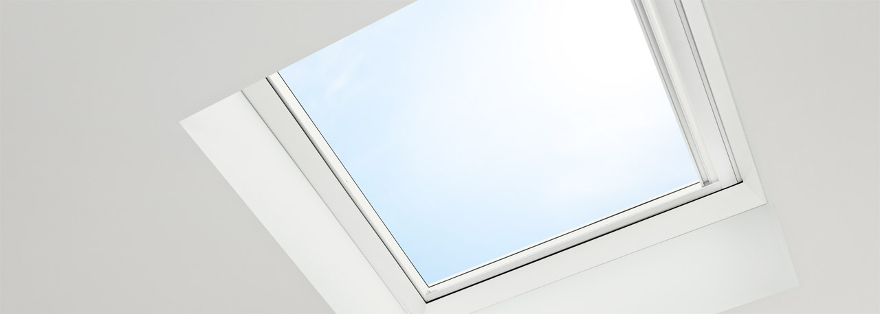 Flachdach fenster detail  VELUX Rauch- und Wärmeabzugsfenster Flachdach (RWA)