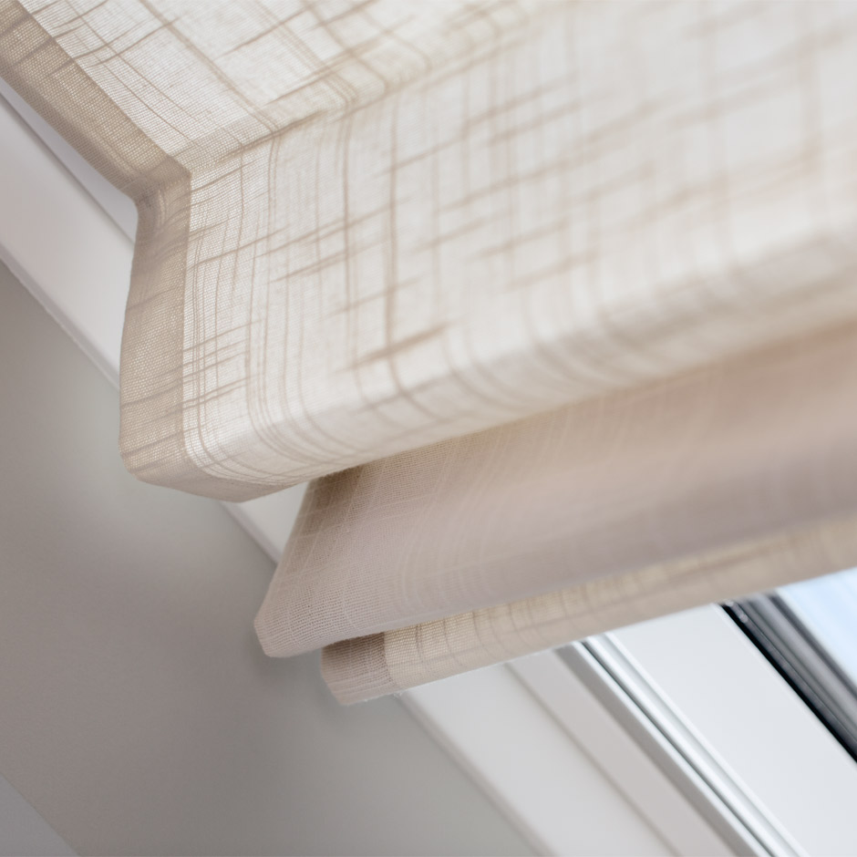 Sanft Velux Dachfenster Ggl 306 Mit Eindeckrahmen Und Sonnenschutz Fenster Baugewerbe