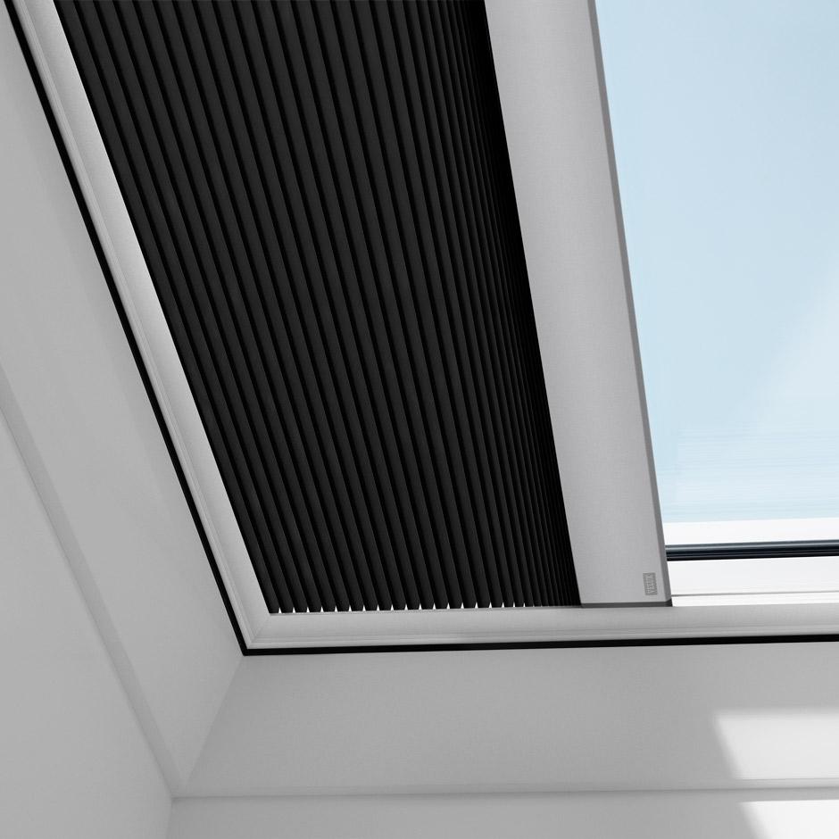 velux flachdachfenster lichtkuppel. Black Bedroom Furniture Sets. Home Design Ideas