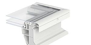 Finestra per tetti piani con vetro piano for Velux antieffrazione