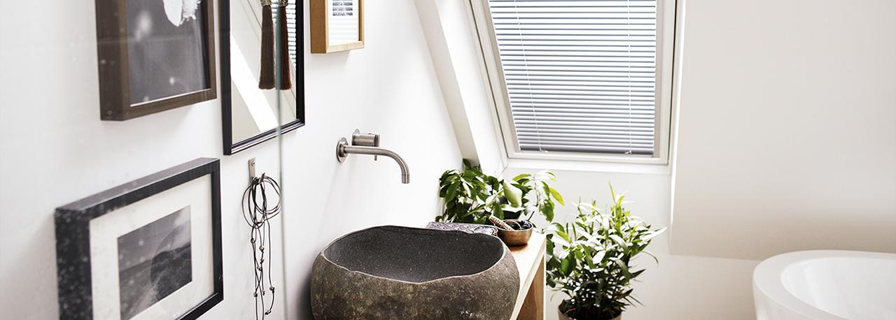 cortina plisada velux privacidad y atenuacin de la luz natural