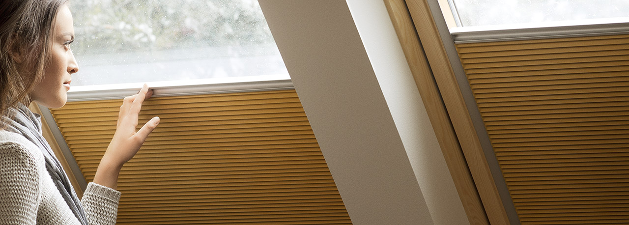 Tende oscuranti plissettate for Velux assistenza
