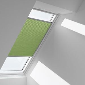 Шторы на мансардные окна фото - Теплосберегающие затемняющие шторы