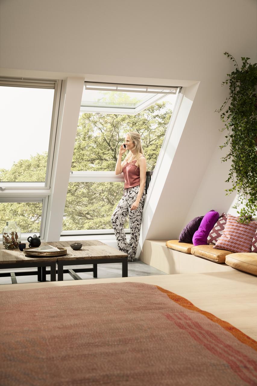 Balcone cabrio velux da finestra a balcone in pochi secondi for Faelux srl finestra per tetti