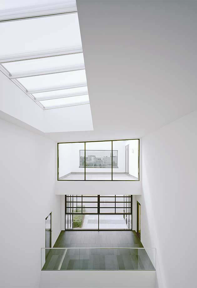 Rooflight solution with VELUX Modular Skylights - Longlight 5-30° in corridor, Fellbach, Germany