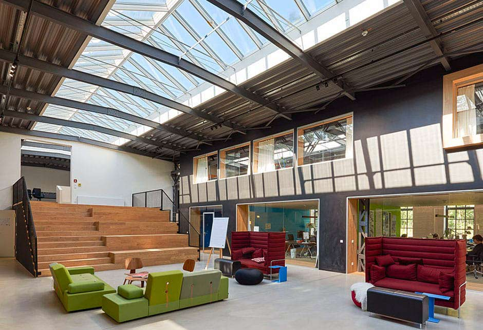Office rooflight solution with VELUX Modular Skylights, Isartal railway station