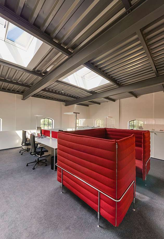 Office with VELUX Longlight 5-30˚, Isartal railway station