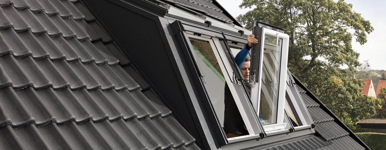 Dachfenster velux mit rolladen zimmerei sven gerlach velux mit solar rolladen with dachfenster - Dachfenster mit rolladen ...