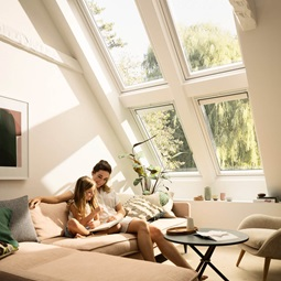 velux tageslichtspot tageslichtlampe tageslicht f r innen liegende r ume. Black Bedroom Furniture Sets. Home Design Ideas