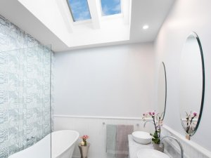 bathroom skylights and bathtub in melbourne
