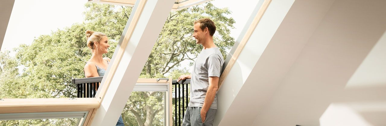 velux cabrio fen tre balcon. Black Bedroom Furniture Sets. Home Design Ideas