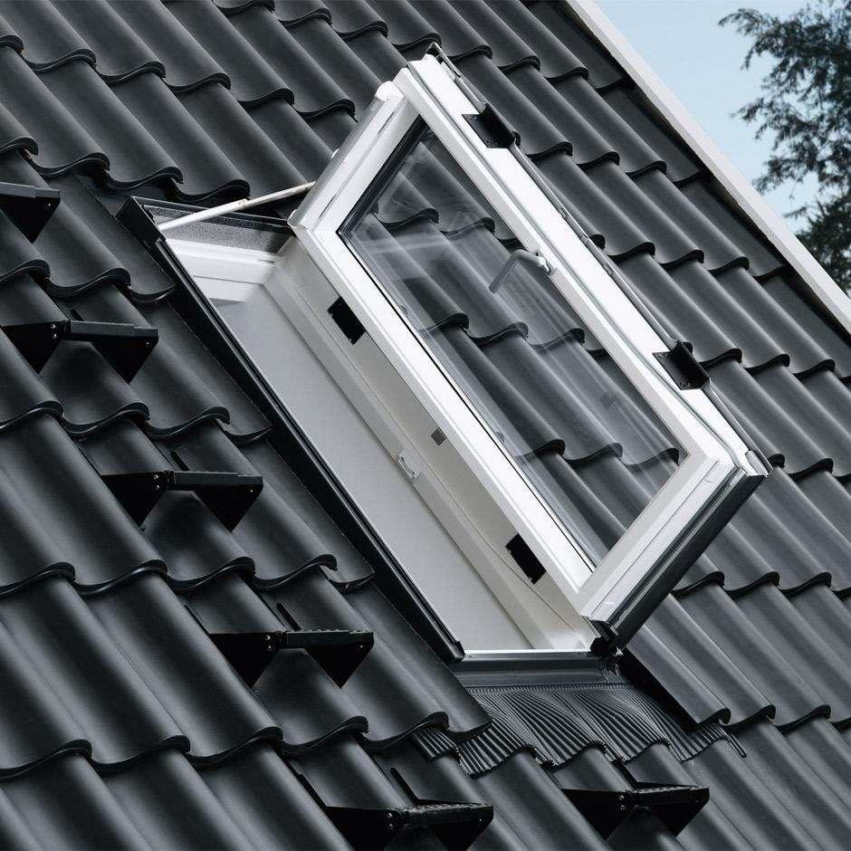 Velux ausstiegsfenster f r das dach garantiert sicher - Dachfenster mit ausstieg ...
