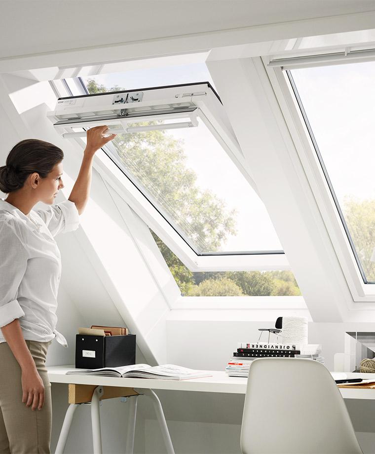 Wunderbar VELUX Schwingfenster GGU Weiß Arbeitszimmer