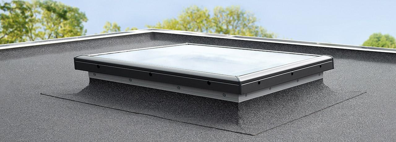 Bekannt VELUX Flachdachfenster mit Flachglas   Belüftung AC27