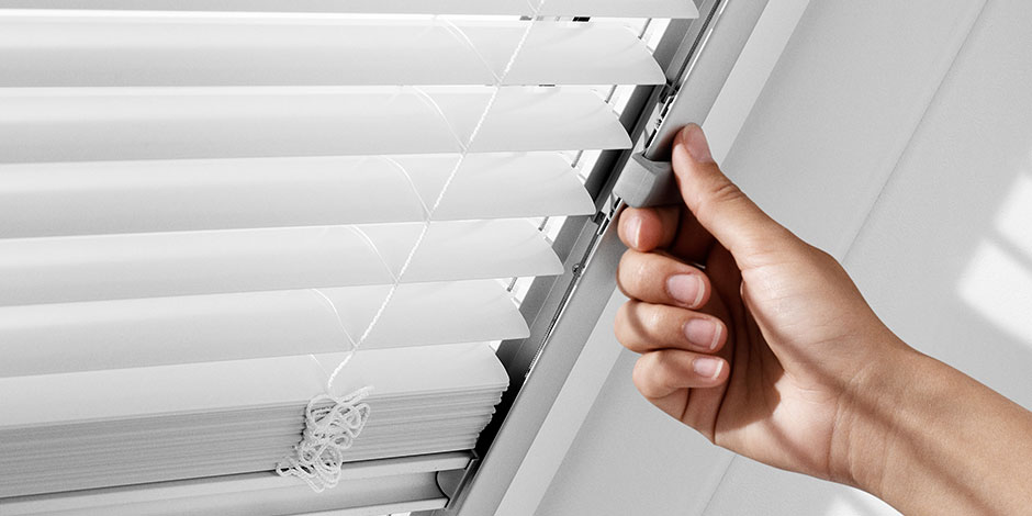 velux zusatz f r dachfenster lichtfl che verl ngern. Black Bedroom Furniture Sets. Home Design Ideas