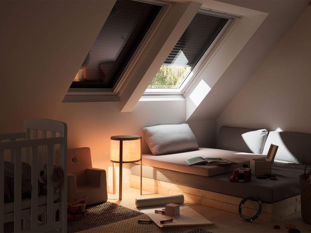 velux dachfenster rolladen ihr rundum schutz f rs ganze jahr. Black Bedroom Furniture Sets. Home Design Ideas
