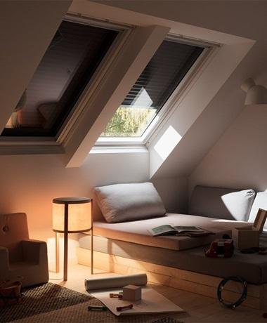 Beliebt VELUX Dachfenster Rolladen - Ihr Rundum-Schutz fürs ganze Jahr ZM77