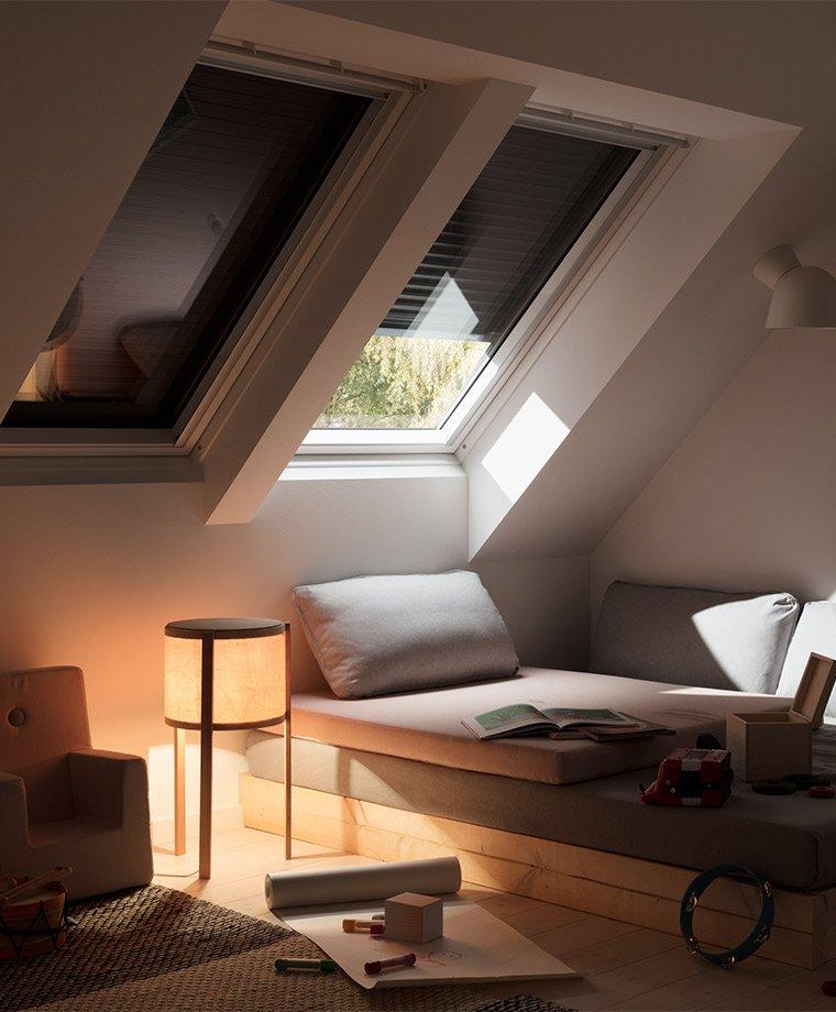 Perfekt VELUX Dachfenster Rolladen   Ihr Rundum Schutz Fürs Ganze Jahr