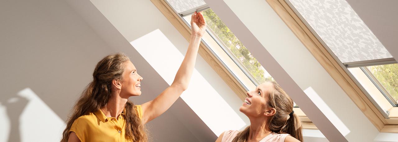 velux fachkunden sonnen insektenschutz und rolll den. Black Bedroom Furniture Sets. Home Design Ideas