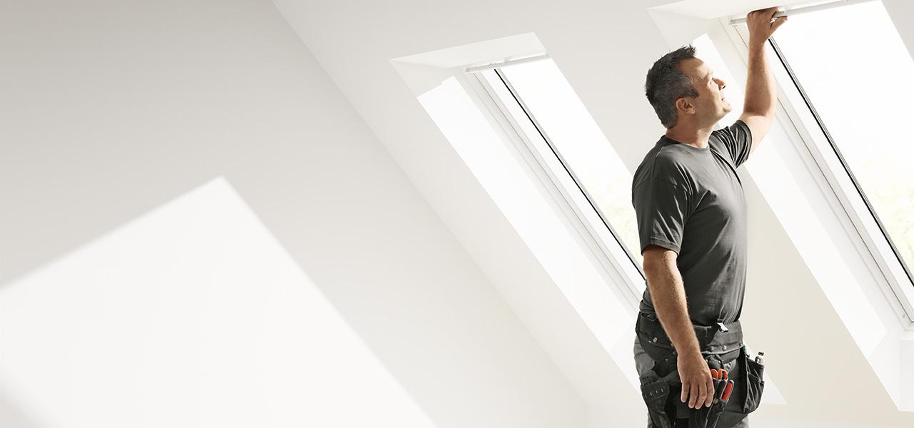 Sostituisci la tua vecchia finestra per tetti velux for Finestre velux catalogo