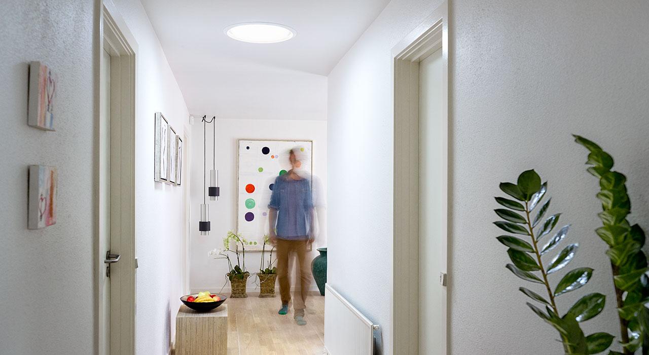 Ideen und Inspiration für Ihren Gang mit VELUX Dachfenstern