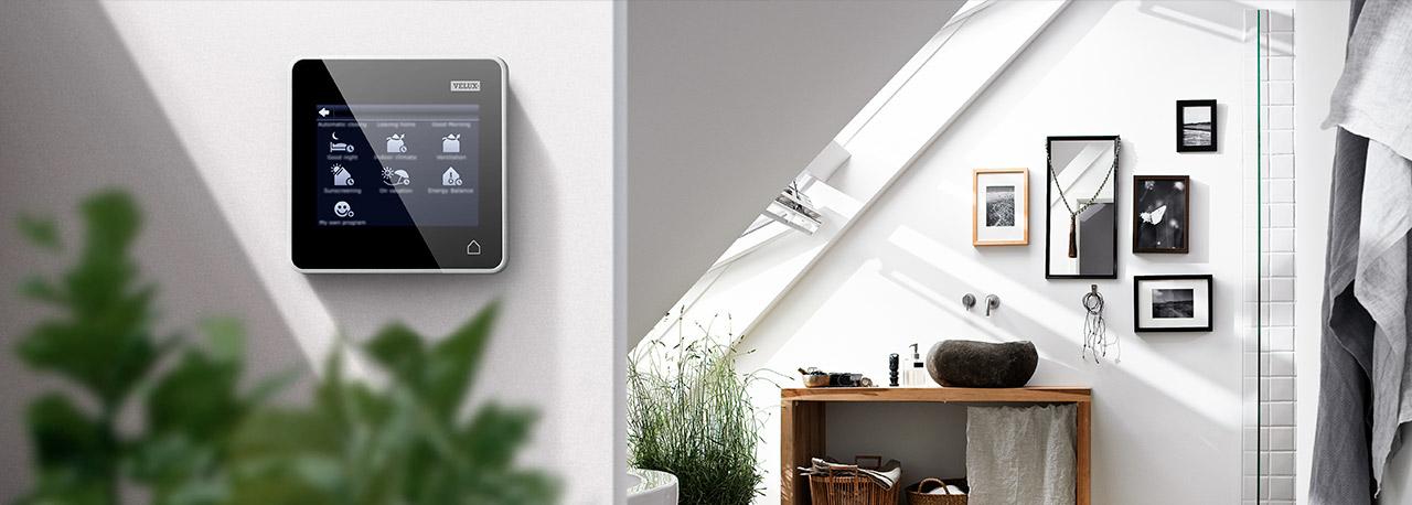 VELUX Dachfenster Komport Ausführung Integra Fernbedienung