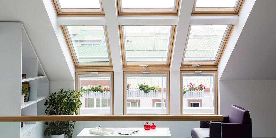 velux integra dachfenster mit fernbedienung und. Black Bedroom Furniture Sets. Home Design Ideas