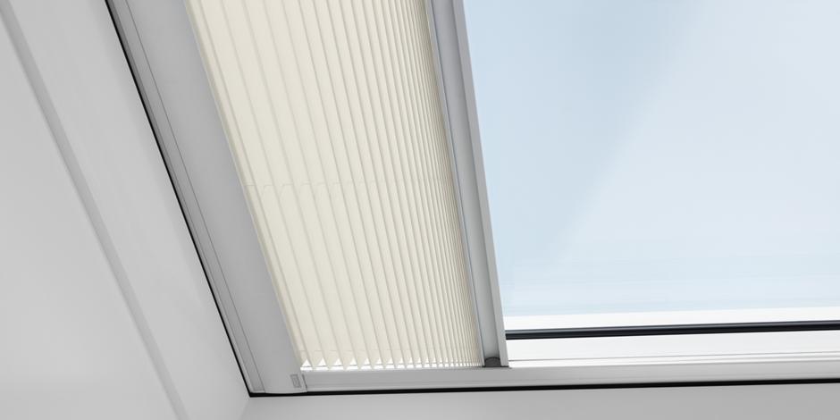 Finestre per tetti piani fisse velux meno riscaldamento - Finestre velux per tetti ...