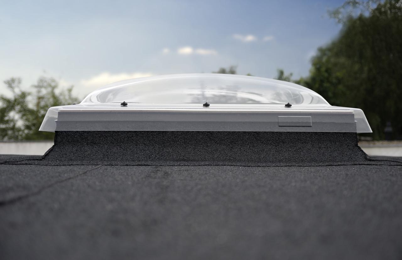 velux fen tre d me pour toit plat. Black Bedroom Furniture Sets. Home Design Ideas