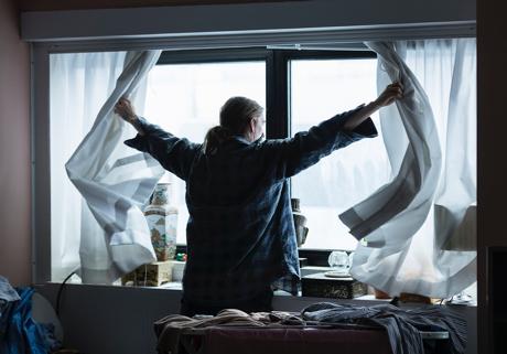 Wir Verbringen 90 % Der Zeit In Innenräumen Und Unsere Häuser Sind So Gut  Isoliert, Dass Die Räume Nicht Genügend Frische Luft Und Tageslicht  Erhalten.