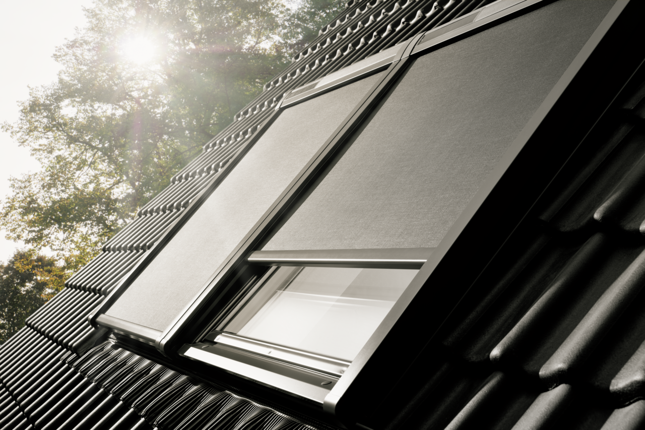 VELUX awning blinds - effective heat protection
