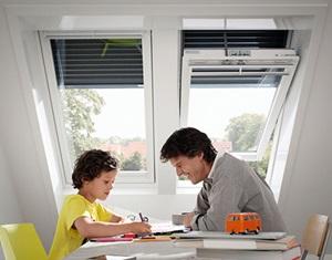 stores pour fen tres de toit velux velux france. Black Bedroom Furniture Sets. Home Design Ideas