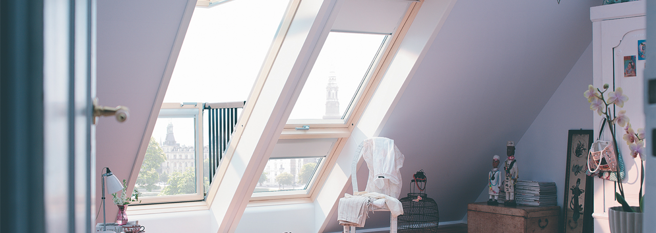 velux roof windows top hinged center pivot roof. Black Bedroom Furniture Sets. Home Design Ideas