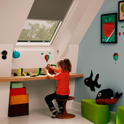 VELUX Skylights bringing in daylight and fresh air to the kid's room