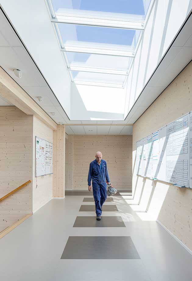 Rooflight solution with Longlight 5-30˚ modules, Geelen Counterflow, Haelen, Netherlands