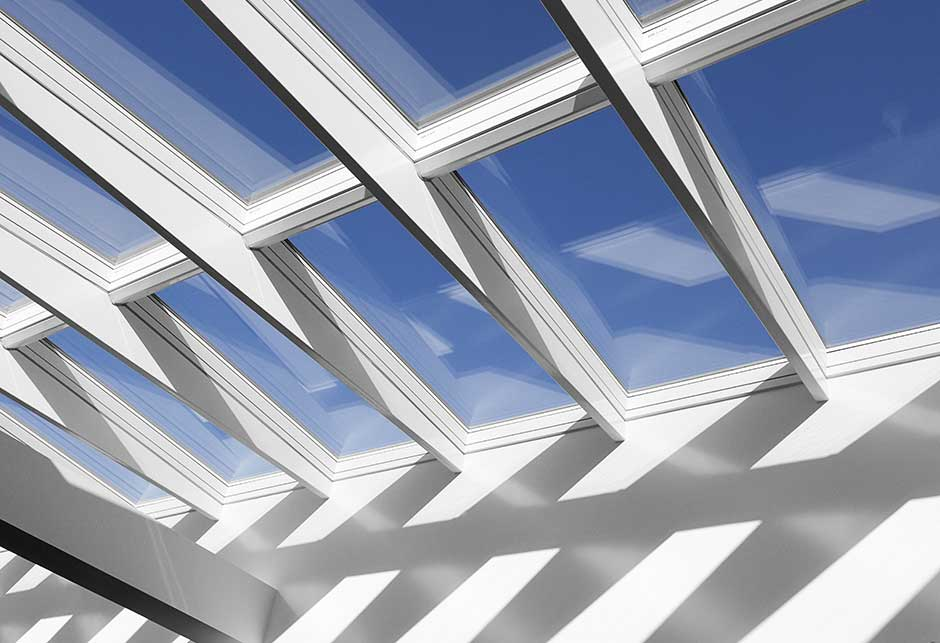 Rooflight solution with Ridgelight 5˚ with beams