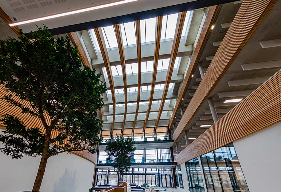 Atrium skylights for ventilating in UK hydrographic office